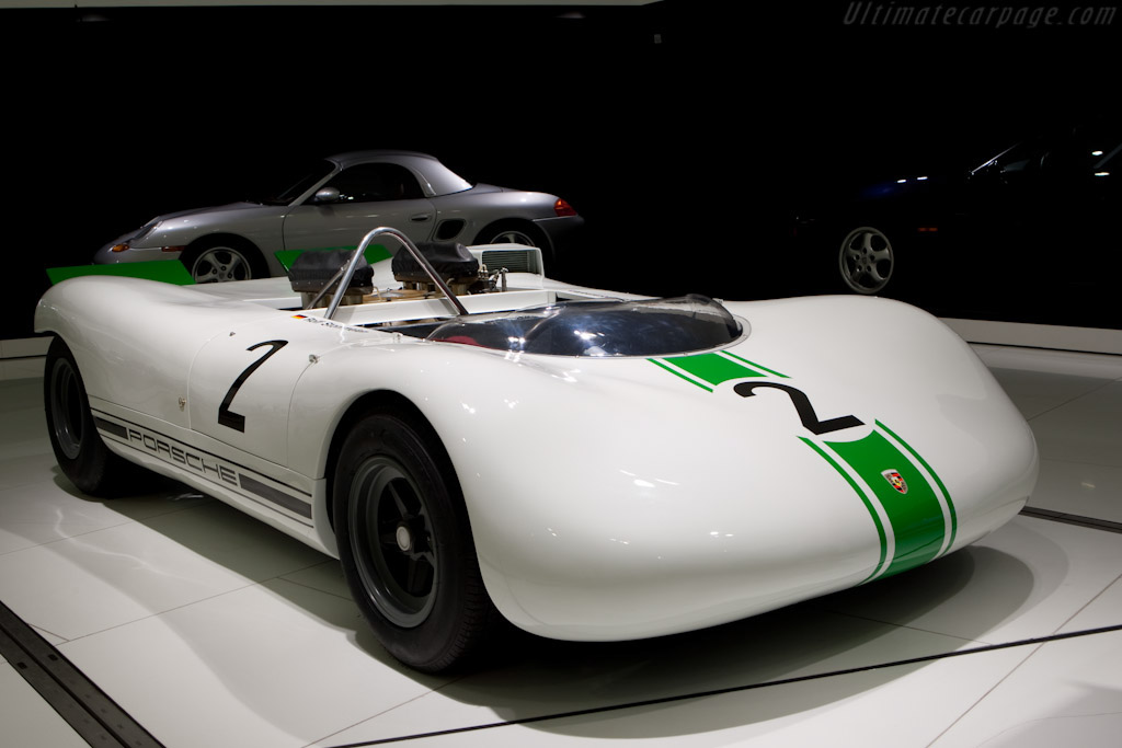 Click here to open the Porsche 909 Bergspyder gallery