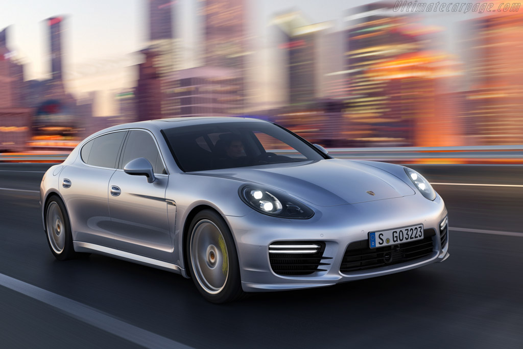 Click here to open the Porsche Panamera Turbo Executive gallery