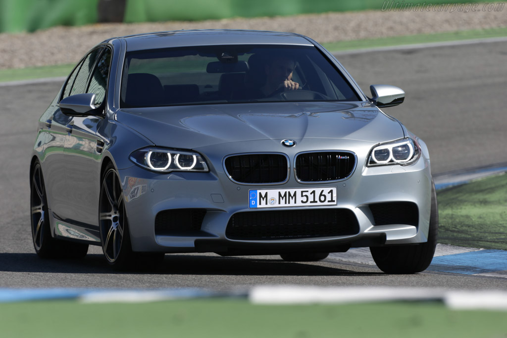 Click here to open the BMW M5 Competition Package gallery
