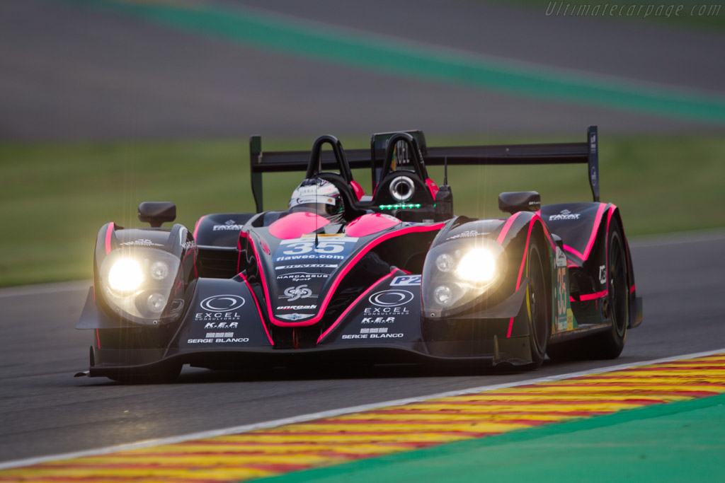 Click here to open the Morgan LMP2 Nissan gallery