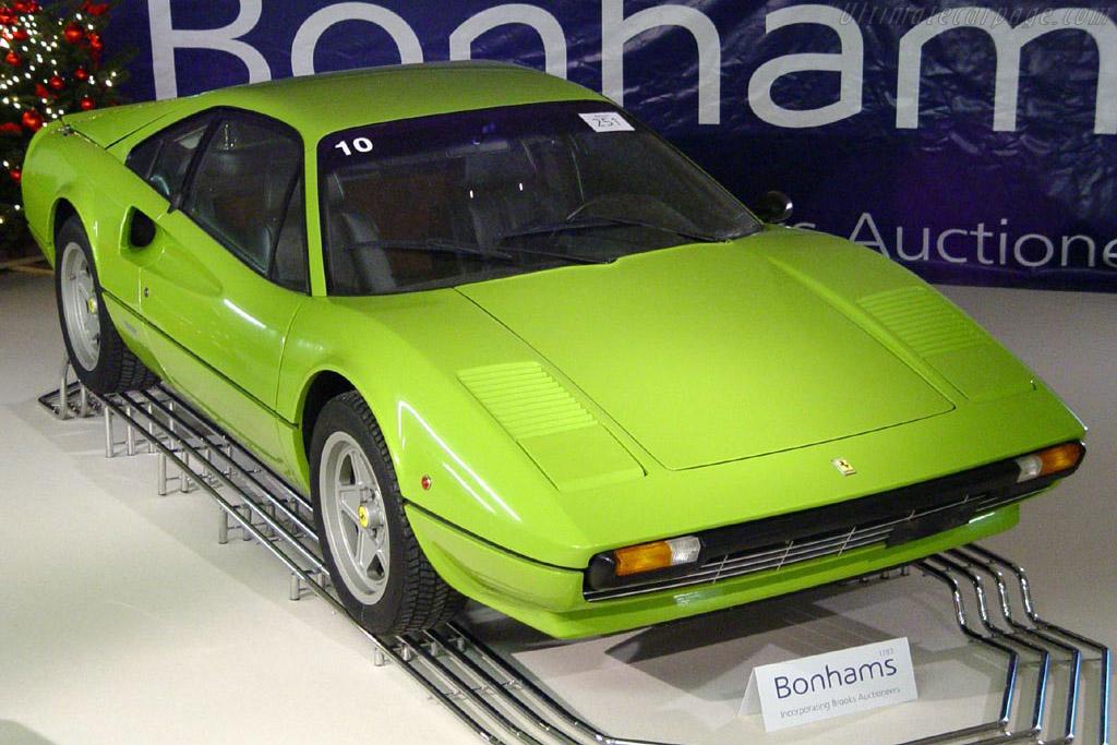 Click here to open the Ferrari 308 GTB 'Vetroresina' gallery
