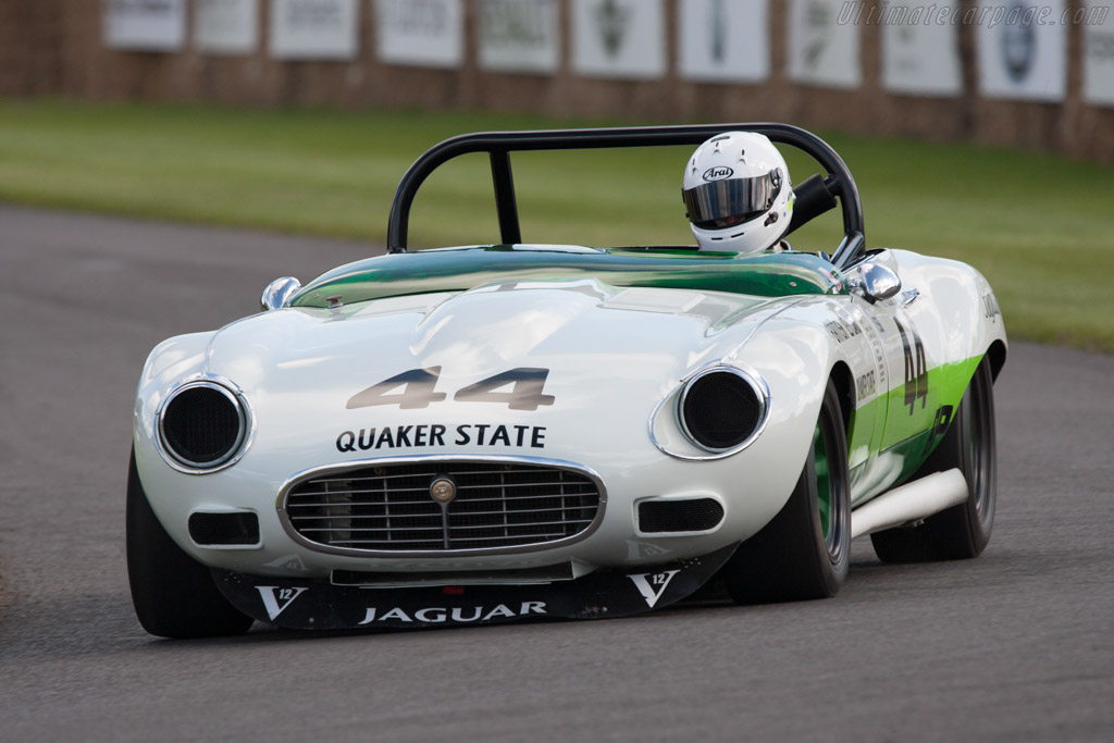 Click here to open the Jaguar E-Type V12 Group 44 gallery