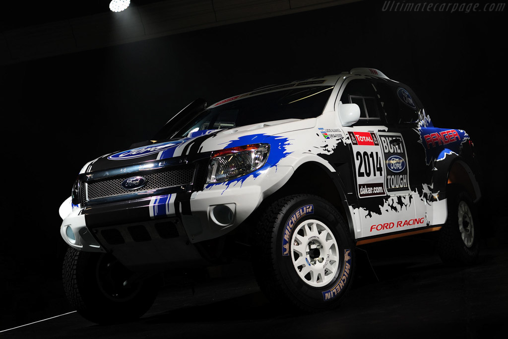 Click here to open the Ford Ranger Dakar gallery