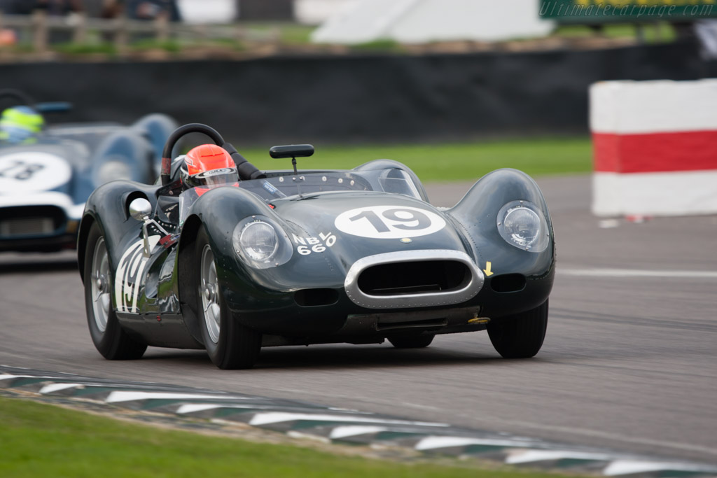 Lister Knobbly Jaguar - Chassis: BHL 103   - 2010 Goodwood Revival