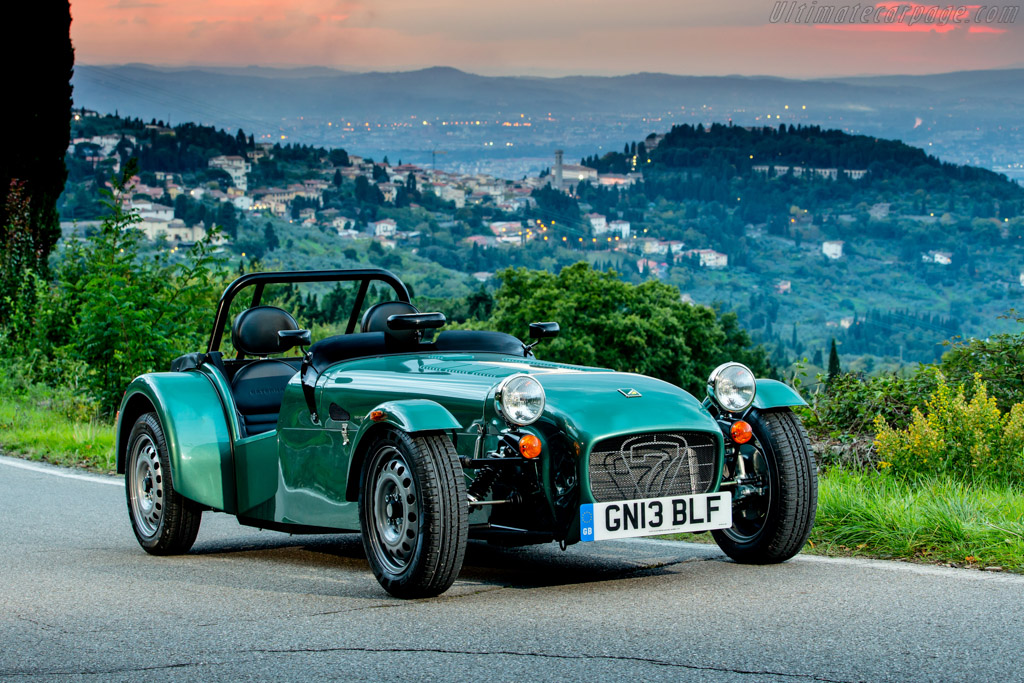 Click here to open the Caterham Seven 160 gallery
