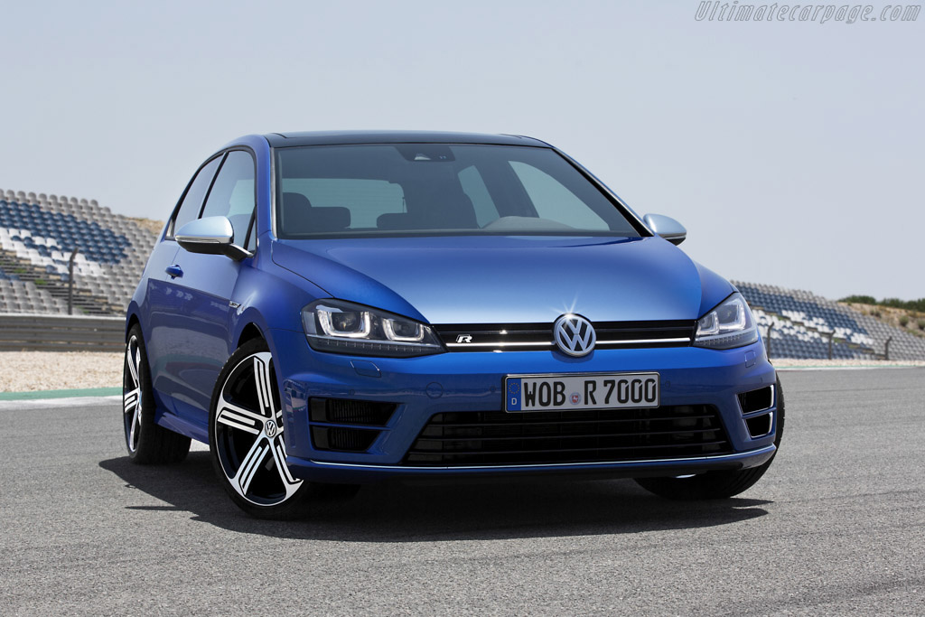 Click here to open the Volkswagen Golf R gallery