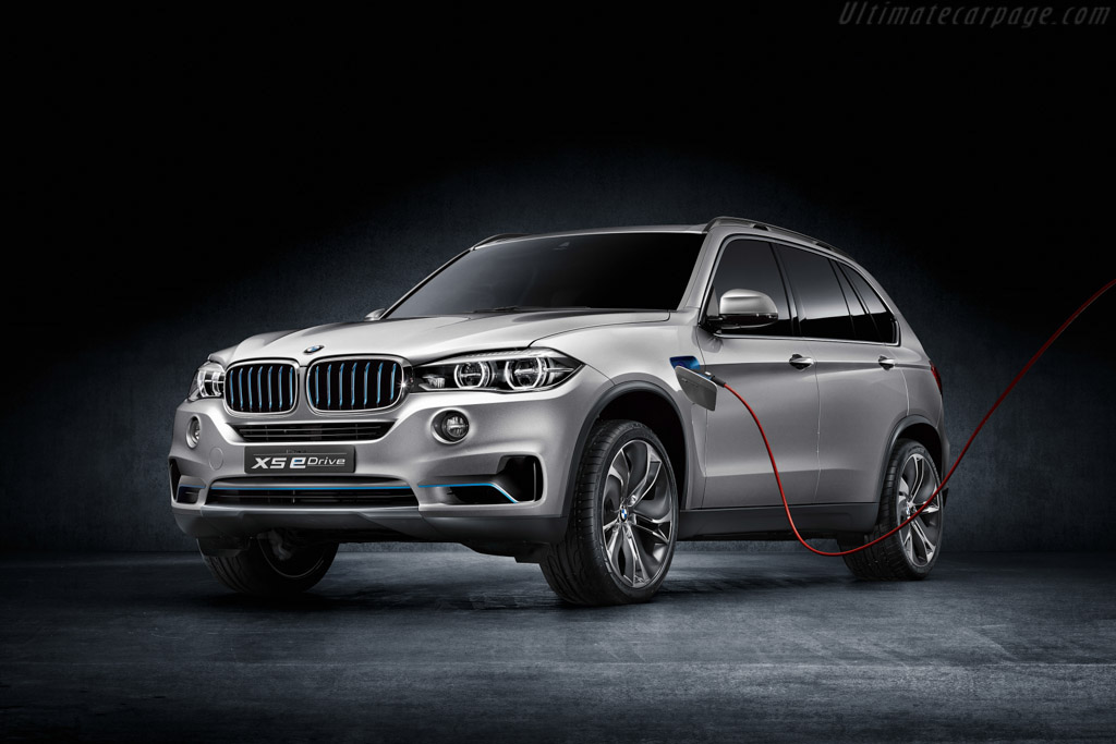Click here to open the BMW Concept X5 eDrive gallery