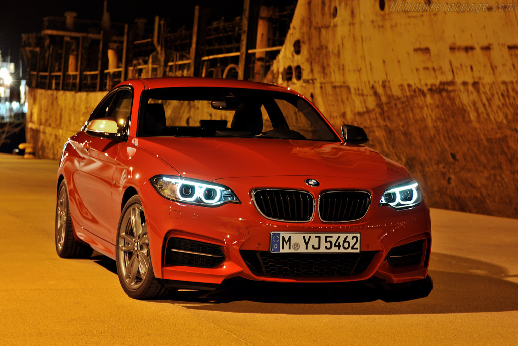 Click here to open the BMW M235i Coupe gallery