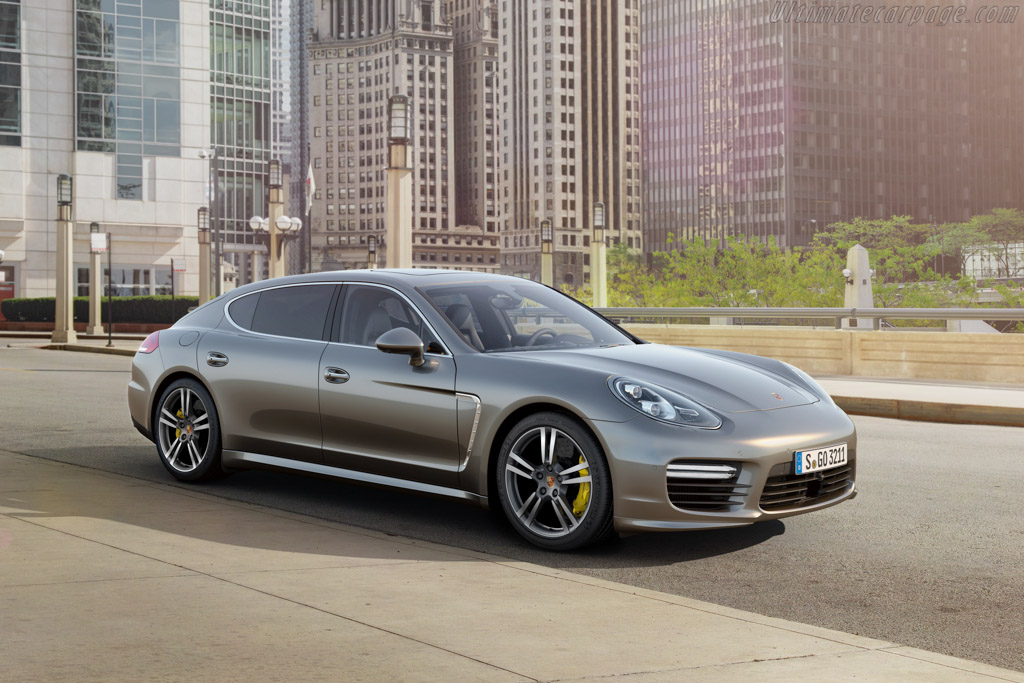 Click here to open the Porsche Panamera Turbo S Executive gallery