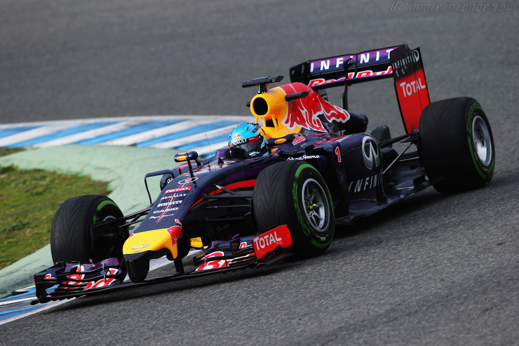 Click here to open the Red Bull Racing RB10 Renault gallery