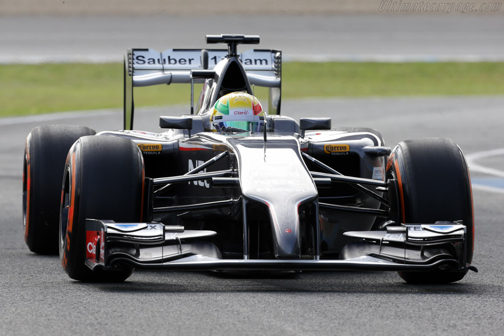 Click here to open the Sauber C33 Ferrari gallery
