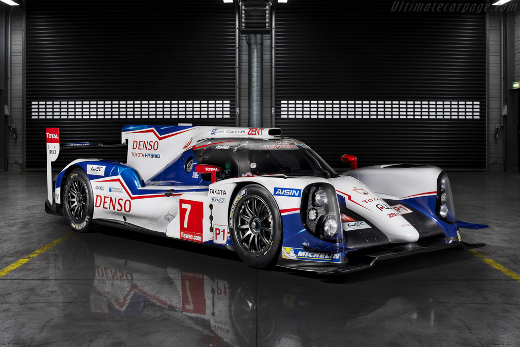 Click here to open the Toyota TS040 Hybrid gallery