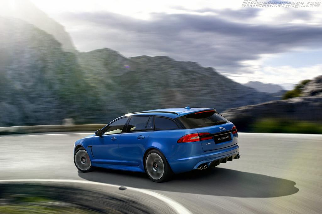 Jaguar XFR-S Sp...