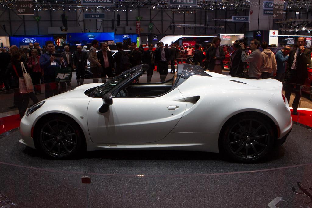 Alfa Romeo 4C Spider    - 2014 Geneva International Motor Show