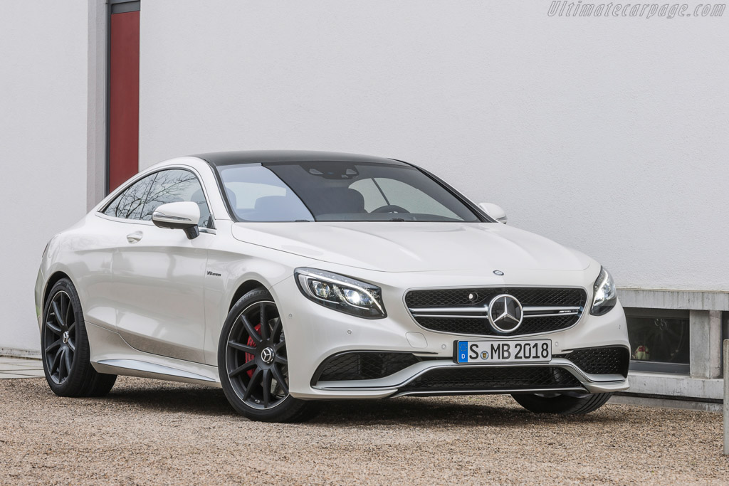 Click here to open the Mercedes-Benz S 63 AMG Coupe gallery