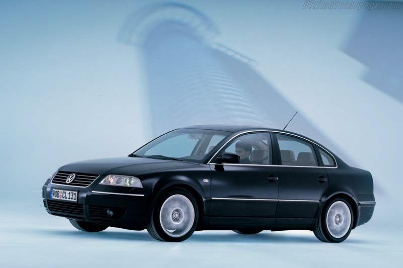Click here to open the Volkswagen Passat W8 gallery