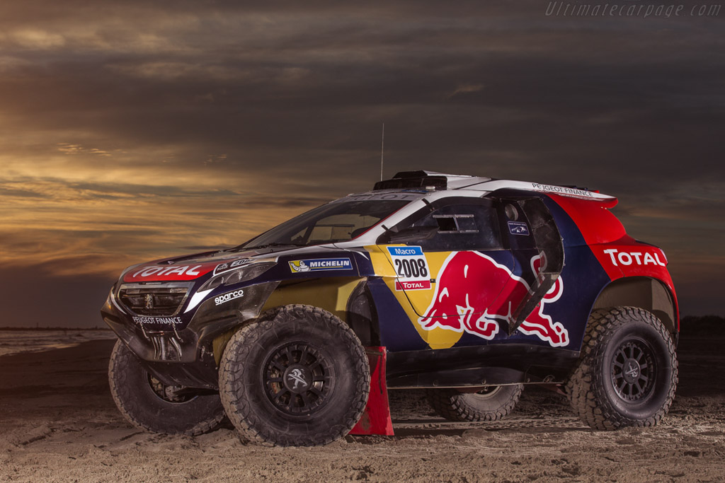 Click here to open the Peugeot 2008 DKR gallery
