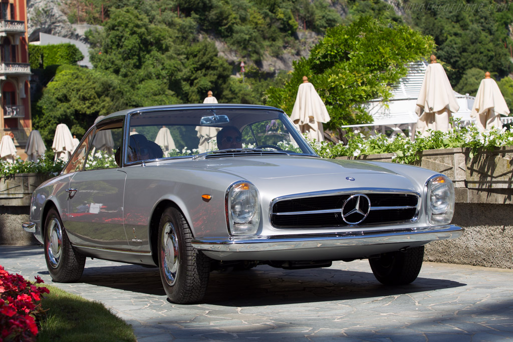 Click here to open the Mercedes-Benz 230 SL Pininfarina Coupe gallery
