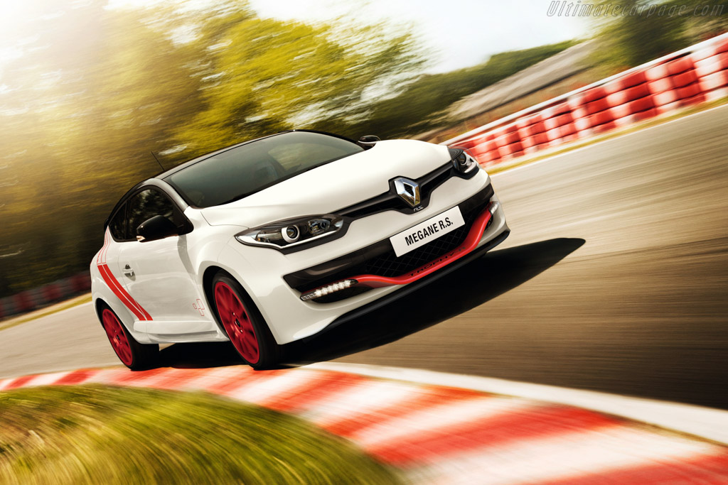 Click here to open the Renault Mégane R.S. 275 Trophy-R gallery