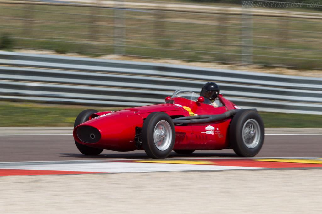 maserati 250f t3 39 piccolo 39 chassis 2533 2014 grand prix de l 39 age d 39 or. Black Bedroom Furniture Sets. Home Design Ideas