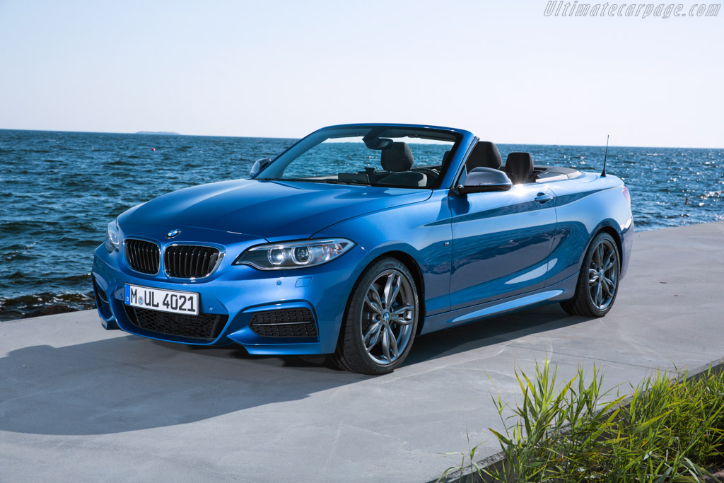 Click here to open the BMW M235i Convertible gallery