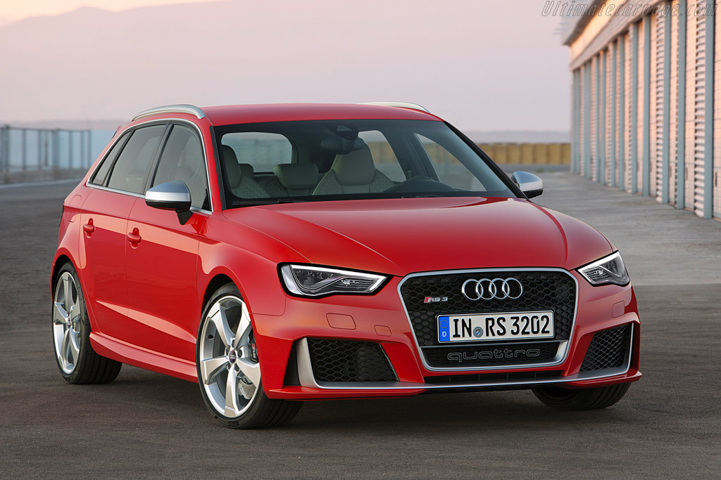 Click here to open the Audi RS 3 Sportback gallery