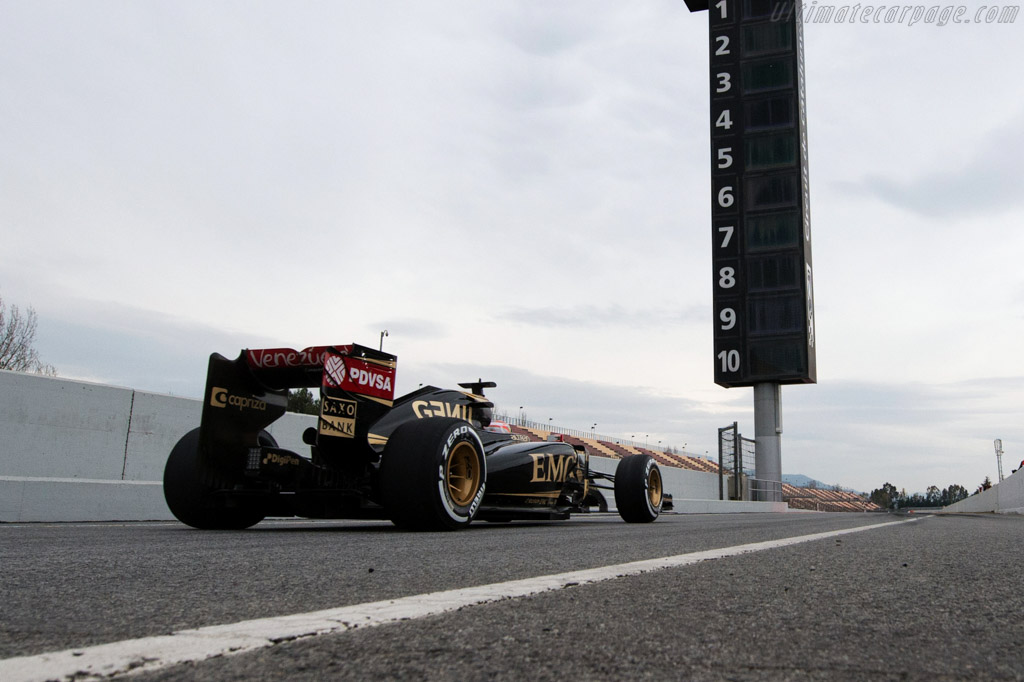 Lotus E23 Hybrid Mercedes