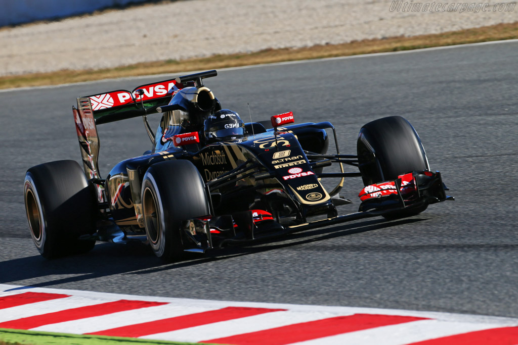 Click here to open the Lotus E23 Hybrid Mercedes gallery