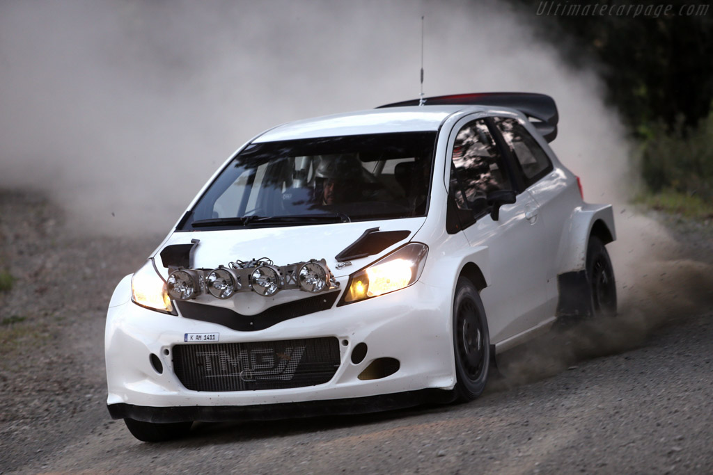 Click here to open the Toyota Yaris WRC gallery