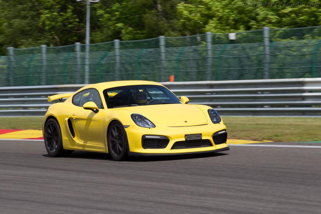 Porsche Cayman GT4    - 2015 Modena Trackdays