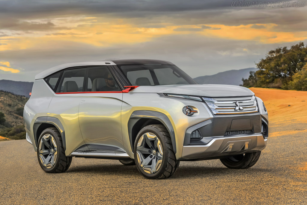 Click here to open the Mitsubishi GC-PHEV Concept gallery