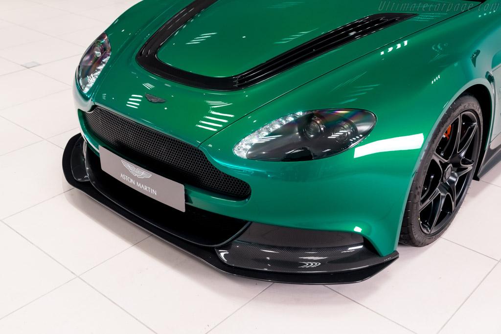 Aston Martin V12 Vantage GT12 Special Edition