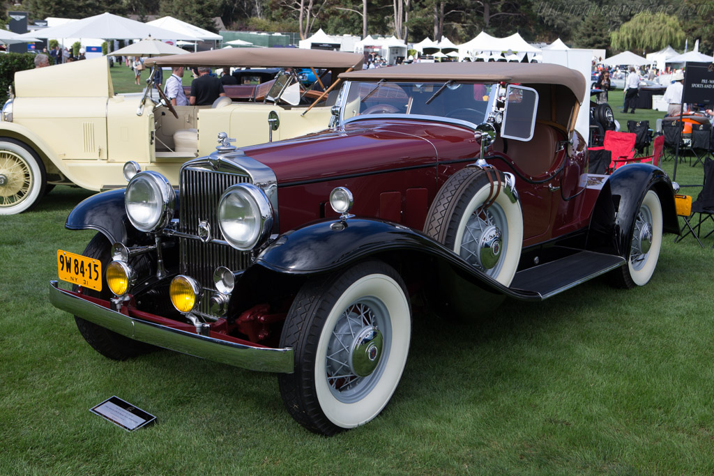 Click here to open the Stutz DV-32 Boat Tail Speedster gallery