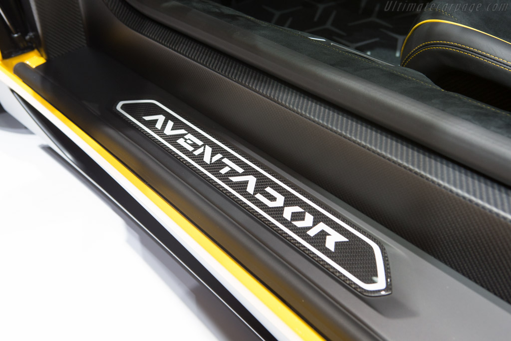 Lamborghini Aventador LP750-4 SV    - 2015 Geneva International Motor Show