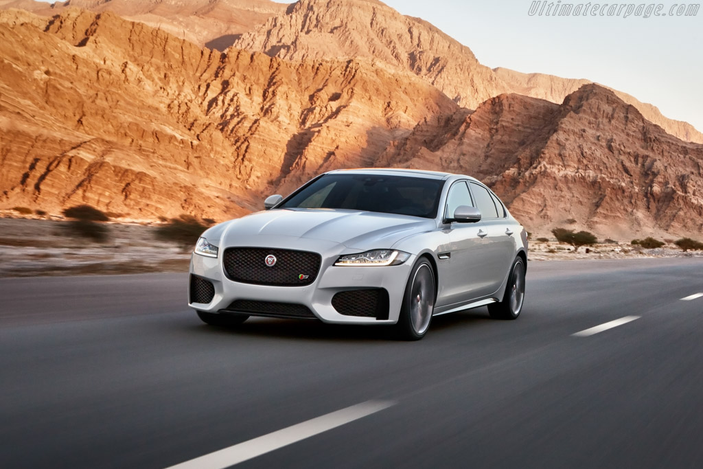 Click here to open the Jaguar XF S gallery
