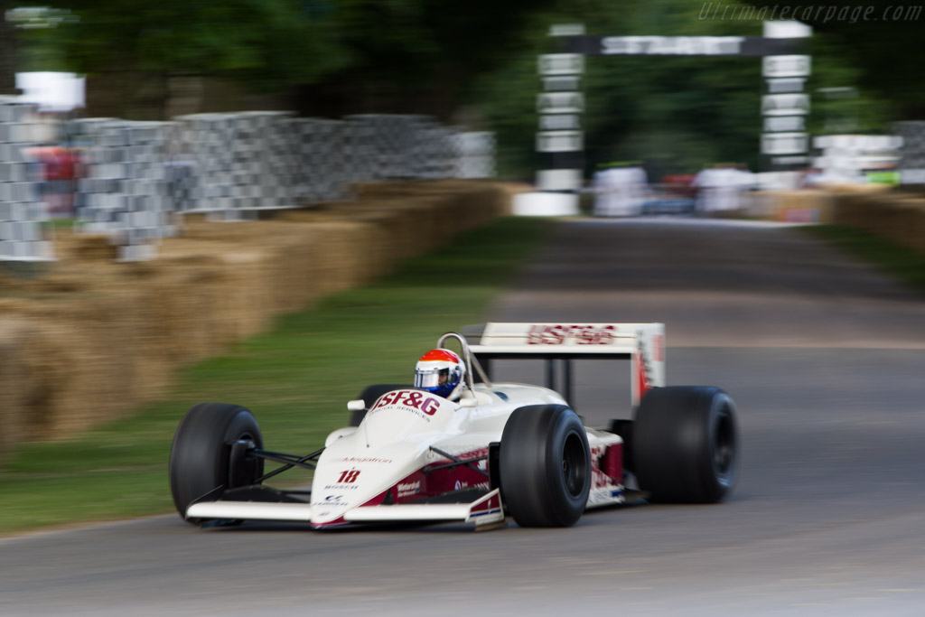 Arrows A10B Megatron - Chassis: A10B-01 - Driver: Eddie Cheever  - 2008 Goodwood Festival of Speed