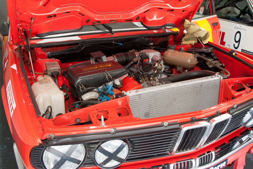 BMW 528i Group A - Chassis: E28 RA1-05  - 2014 Dix Mille Tours