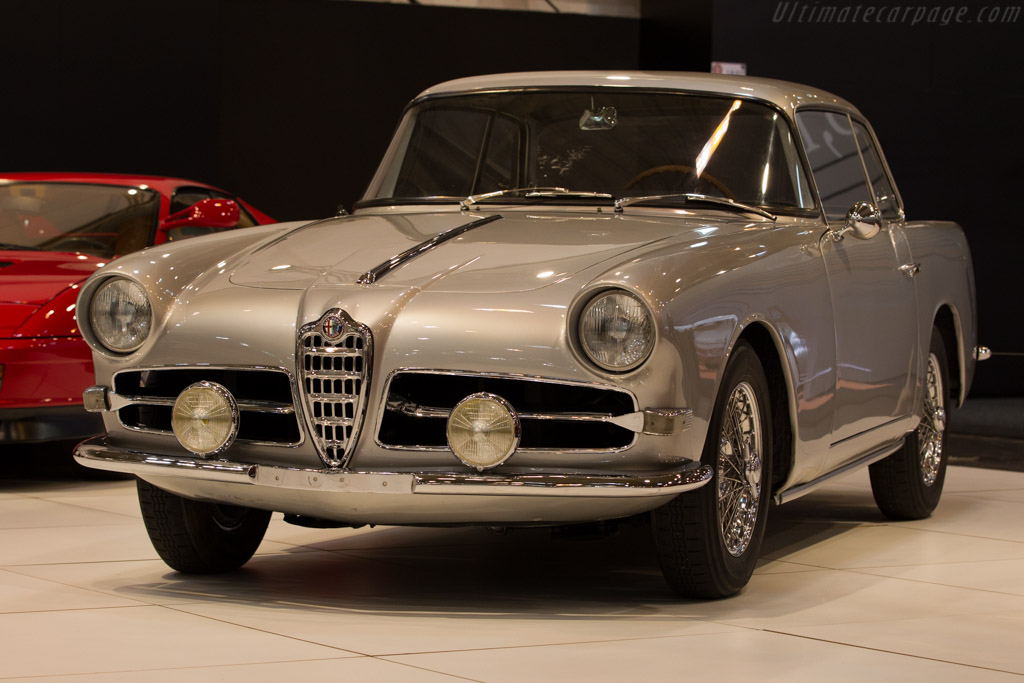 Click here to open the Alfa Romeo 1900C SS Ghia-Aigle Coupe gallery