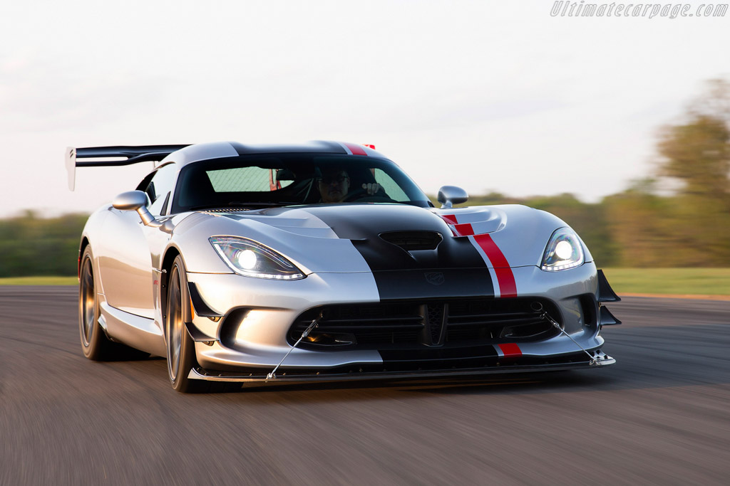 2015 Dodge Viper Acr Images Specifications And Information