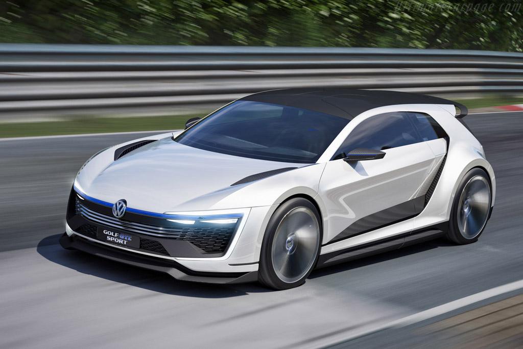 Click here to open the Volkswagen Golf GTE Sport gallery