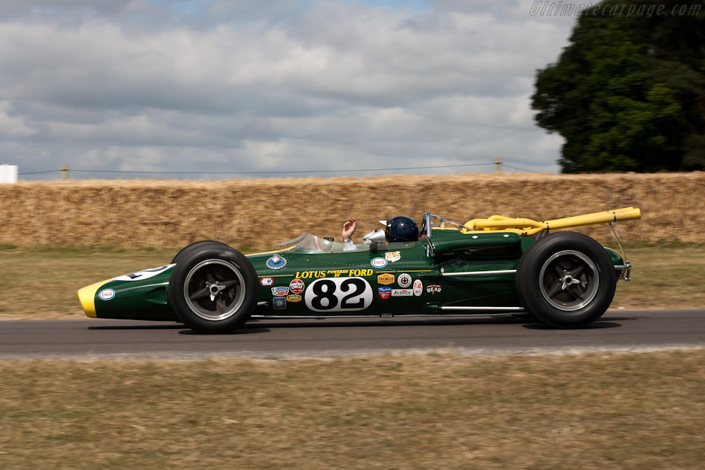 Lotus 38 Ford - Chassis: 38/1 - Driver: Jackie Stewart  - 2010 Goodwood Festival of Speed