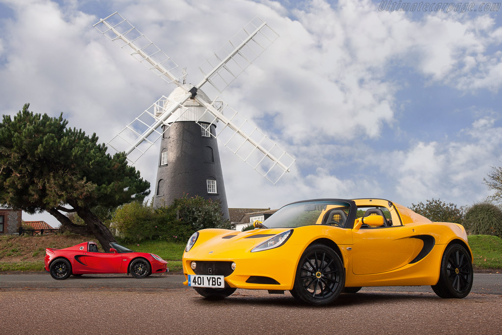 Click here to open the Lotus Elise Sport gallery