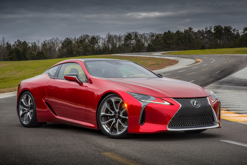 Click here to open the Lexus LC 500 gallery