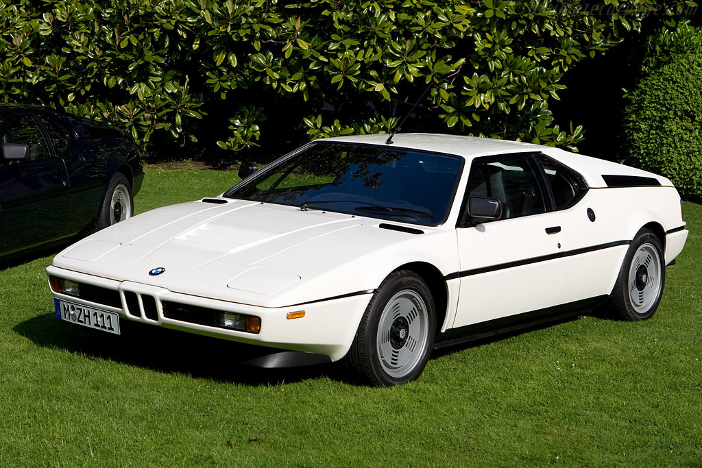 Click here to open the BMW M1 gallery