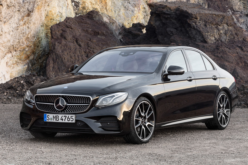 Click here to open the Mercedes-AMG E 43 4MATIC gallery