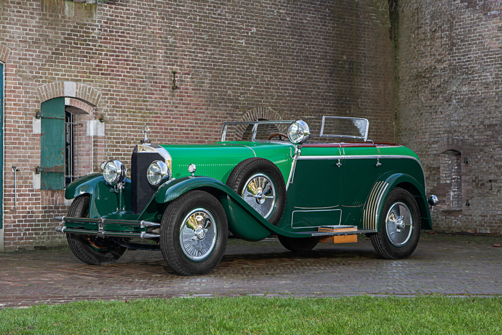 Click here to open the Mercedes-Benz 24/100/140hp Model K Saoutchik Cabriolet gallery