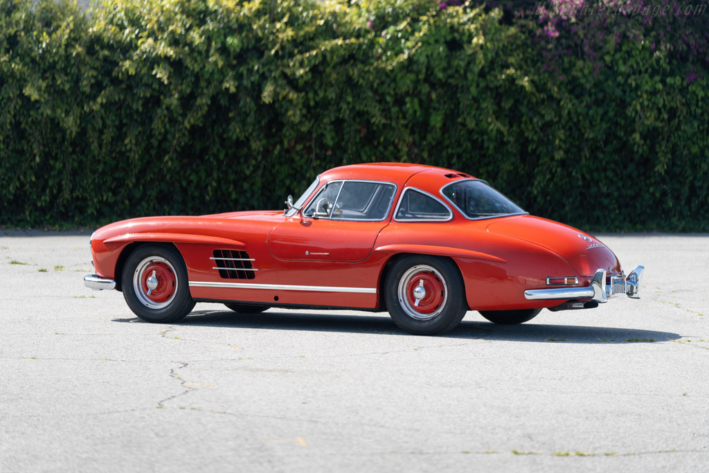 Mercedes-Benz 300 SL 'Gullwing' Coupe