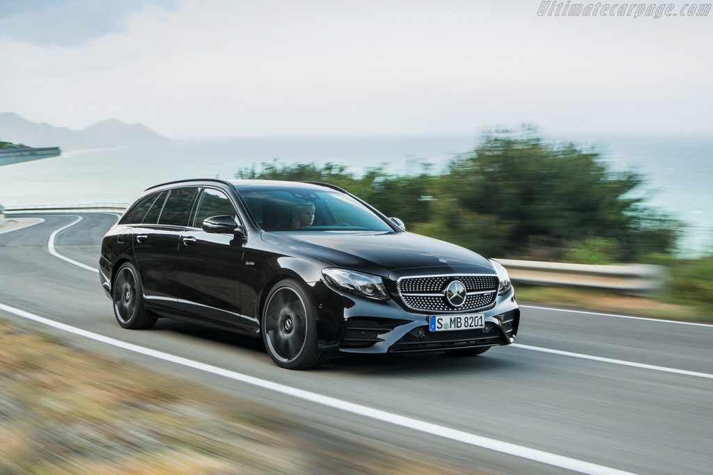 Click here to open the Mercedes-AMG E 43 Estate 4MATIC gallery