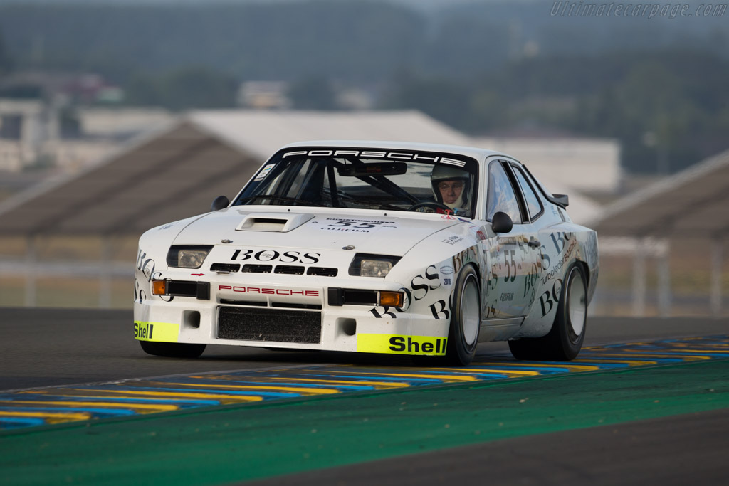 Click here to open the Porsche 924 Carrera GTR gallery