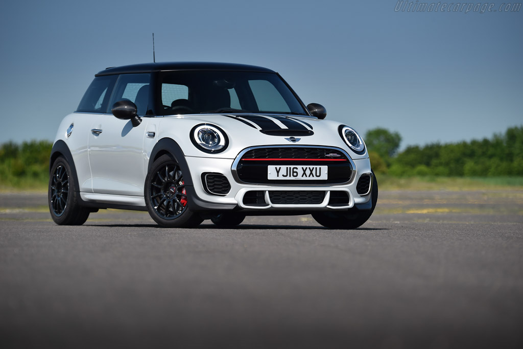 Click here to open the MINI John Cooper Works Challenge gallery